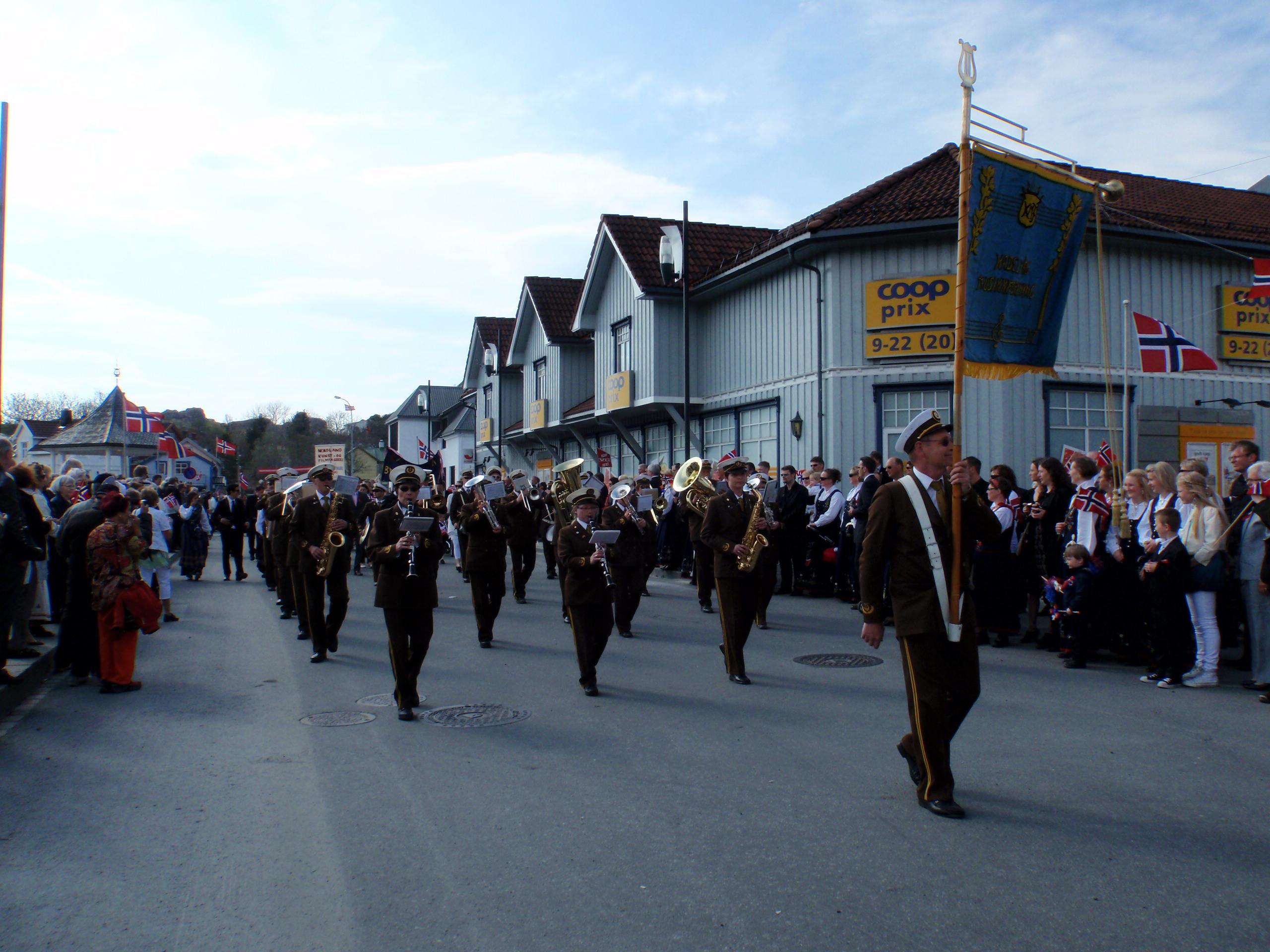 2010: 17. mai i Kabelvåg